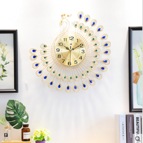 Peacock wall clock European style living room personality fashion watch household mute art luminous quartz clock hanging watch