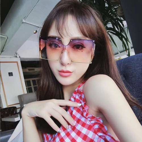 Discolored sunglasses women 2019 new trend female drivers drive large frame anti-UV driving glasses network celebrity sunglasses